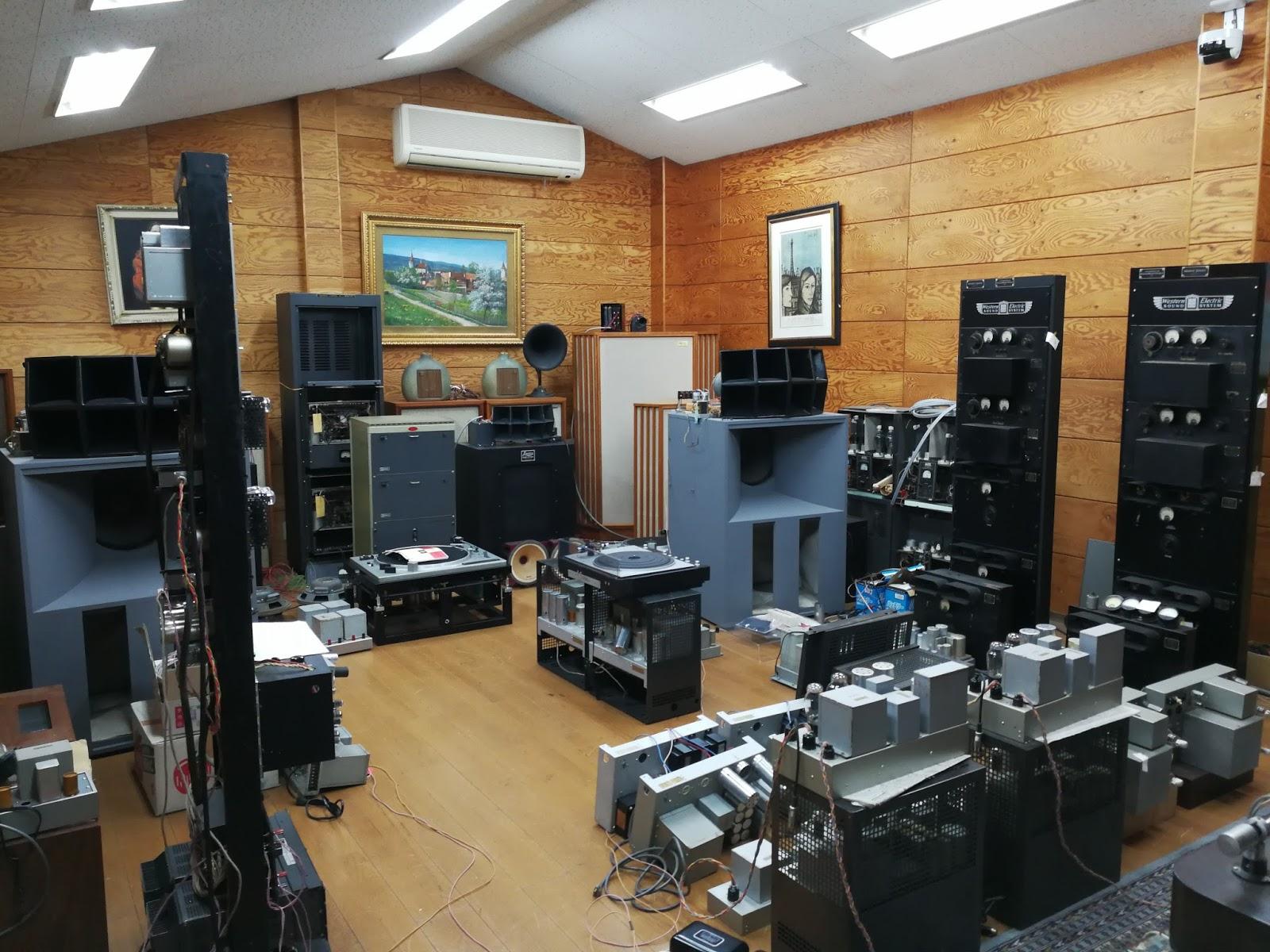 Cửa hàng bán phụ kiện âm thanh chính hãng ở TPHCM