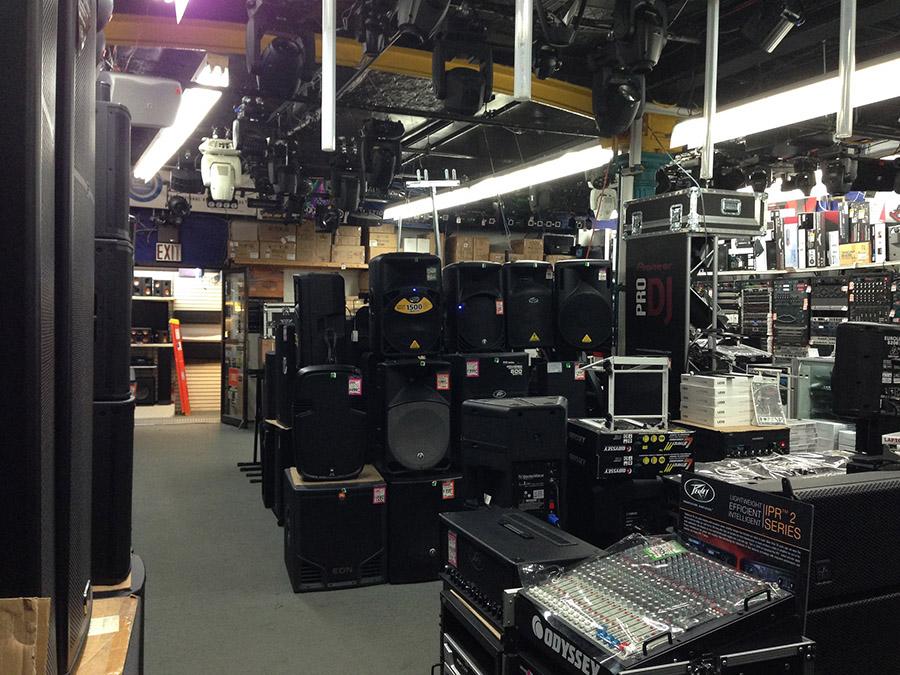 Cửa hàng chuyên bán phụ kiện dàn âm thanh TPHCM
