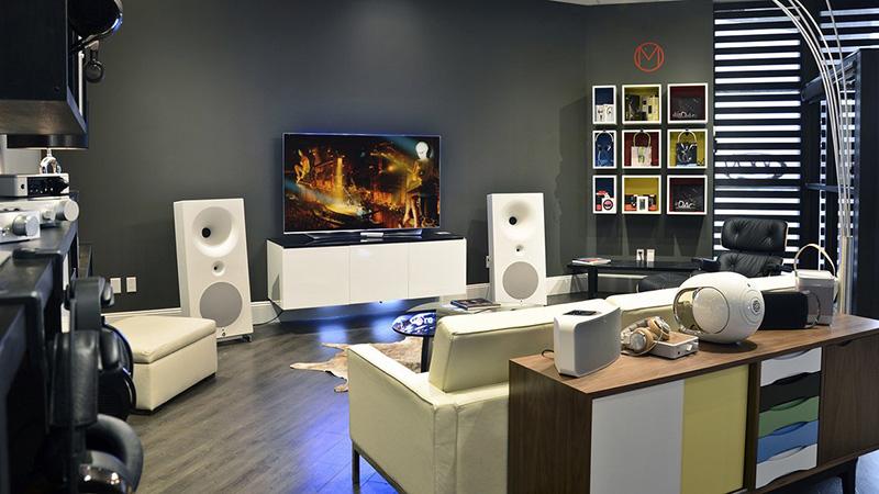 Cửa hàng chuyên phụ kiện âm thanh chính hãng Sài Gòn