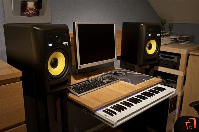 Thiết bị DJ tốt nhất không thể thiếu loa kiểm âm KRK Rokit 8
