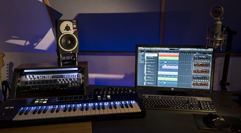 Bạn cần mua phụ kiện âm thanh nào cho phòng thu của mình?