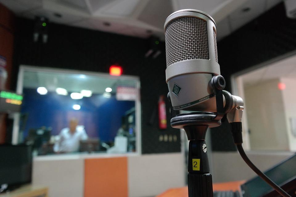 Những điều cần lưu ý khi sử dụng micro thu âm